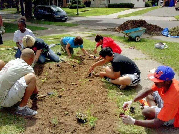 Urban Roots creating a rain garden
